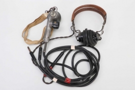 USA - WWII Air Force HS33 pilot's headset with microphone T-17