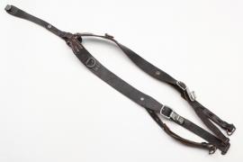 Wehrmacht Y-straps - 1942