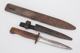 WWI trench knife & bayonet scabbard
