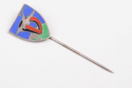 Luftwaffe enamel squadron pin - unknown