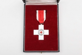 German Red Cross Decoration in case - S&L