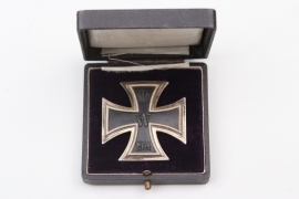 """Nellen F.A.R. 7"" engraved 1914 Iron Cross 1st Class in case - 925"