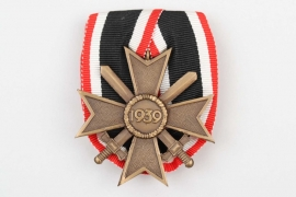1957 type 1939 War Merit Cross 2nd Class on medal bar