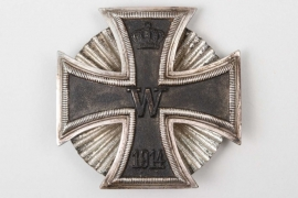 "1914 Iron Cross 1st Class on screw-back - ""clamshell"" disc"