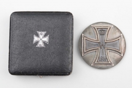 "1914 Iron Cross 1st Class ""800"" on screw-back in case"