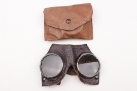 Wehrmacht general purpose goggle in bag - unissued