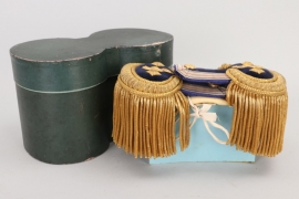 Kaiserliche Marine epaulettes for a staff medical in case