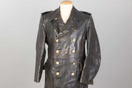Kriegsmarine officer's leather coat with dagger hangers