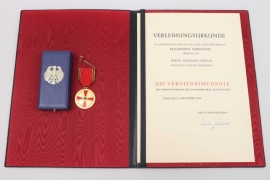 Order of Merit of the Federal Republic of Germany, Merit Medal with certificate