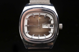 Enicar - Autmatic on stainless steel band