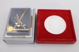Ernst Thälmann plaque & Faithful Service Decortion + cases