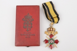 Order of Military Merit, Commander's Cross in case