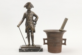 WWI German mortar and pestle + Friedrich II. bronze sculpture