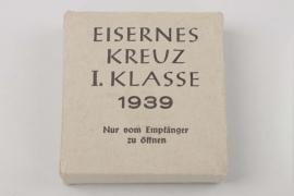 1939 Iron Cross 1st Class outer carton - F. Zimmermann