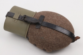 Wehrmacht canteen with cup - HRE 41/42 (mint)