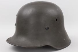 M16 Reichswehr helmet (1917) - ET64