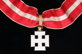 Austria - Merit Order Commander Cross in white