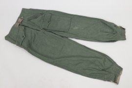 Heer Sturmgeschütz trousers with pocket - Rb-numbered