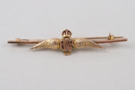 Royal Airfroce Sweetheart Brooch - 9 ct gold