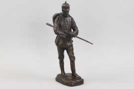 WWI impressive soldier sculpture - Fred Voelkerling