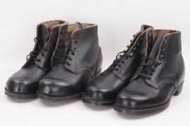 2 x low ankle boots (similar to Wehrmacht)