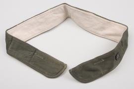 Lt. Tröger - Heer M41 uniform neck protection collar