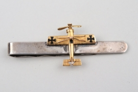 "WWI tie clip of an aviator ""Fliegertruppe"" - gold & silver"