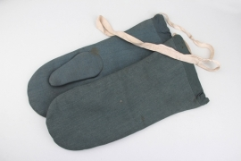 Winter gloves - field police mittens
