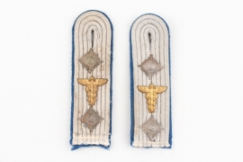Heer TSD shoulder boards - Hauptmann