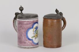 Zwei Walzenkrüge, Fayence und Steinzeug, Norddeutsch, 18. Jh.