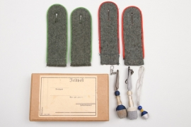 Wehrmacht EM shoulder boards & miniature knots