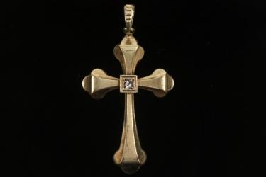 Antikes goldenes Kreuz mit Schmuckstein
