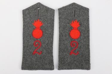 Prussia - 2. Feldartillerie-Reg. shoulder boards - EM