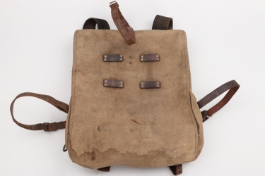 Imperial German - pack M15 with coat straps
