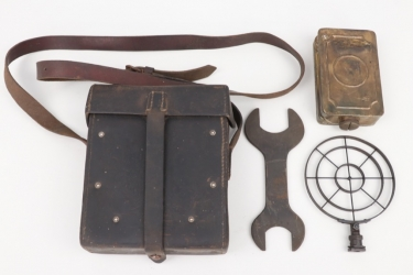 Third Reich - Wehrmacht MG34/42 spare parts pouch with content