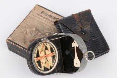 "Imperial Germany - WW1 compass ""Bezard"" in case"