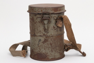 Imperial Germany - M17 gas mask can