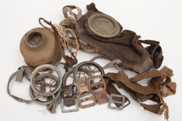 Imperial Germany - M17 gas mask with spare parts