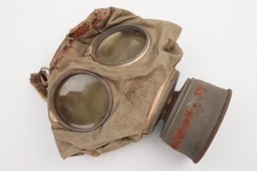 Imperial Germany - gas mask M1916 with filter - rubberized type