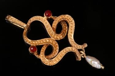 Ornament pendant