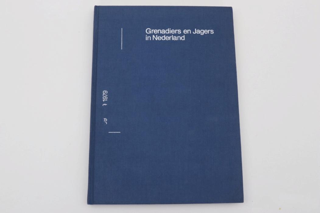 Grenadiers en Jagers in Nederland - Dr. C. M. Schulten und F. J. H. Th. Smits