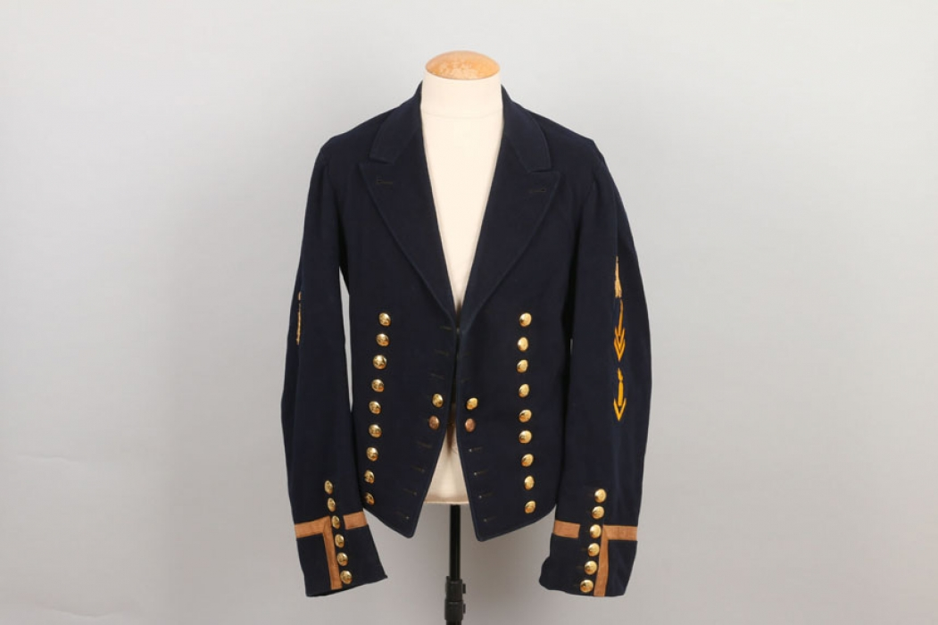Kaiserliche Marine naval tunic with shooting badge