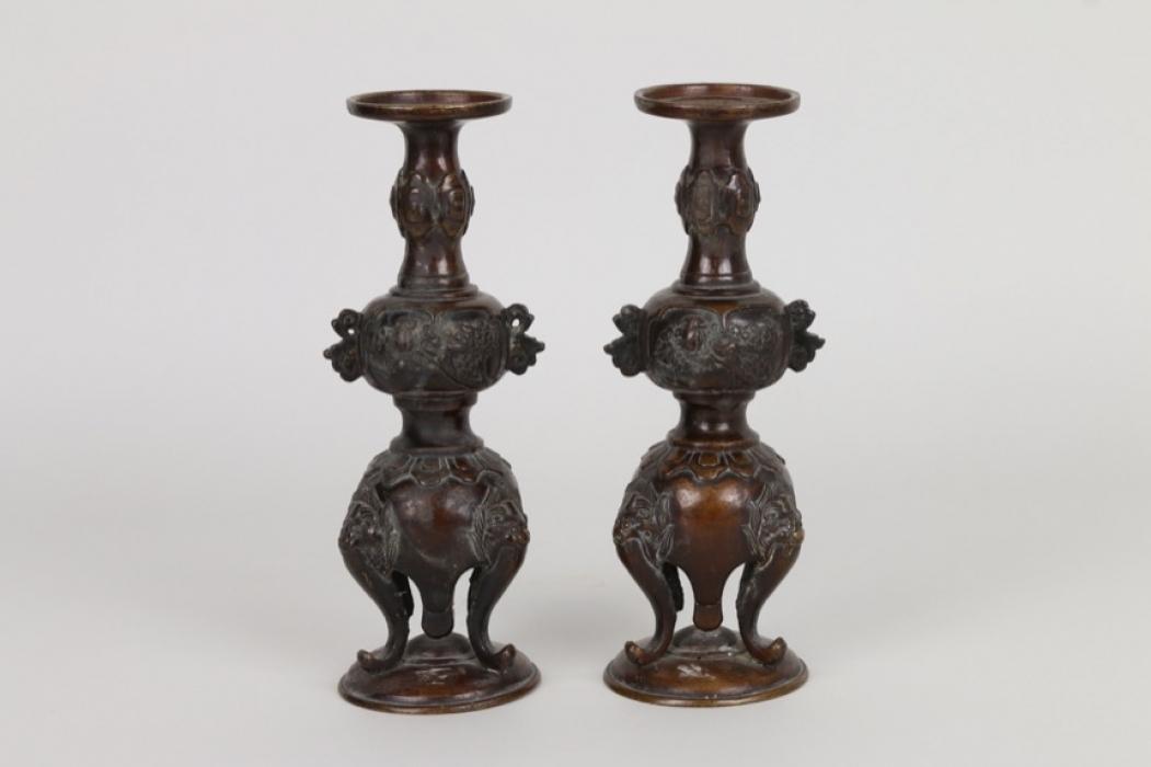 Ein Paar Räuchergefäße aus Bronze, China um 1900