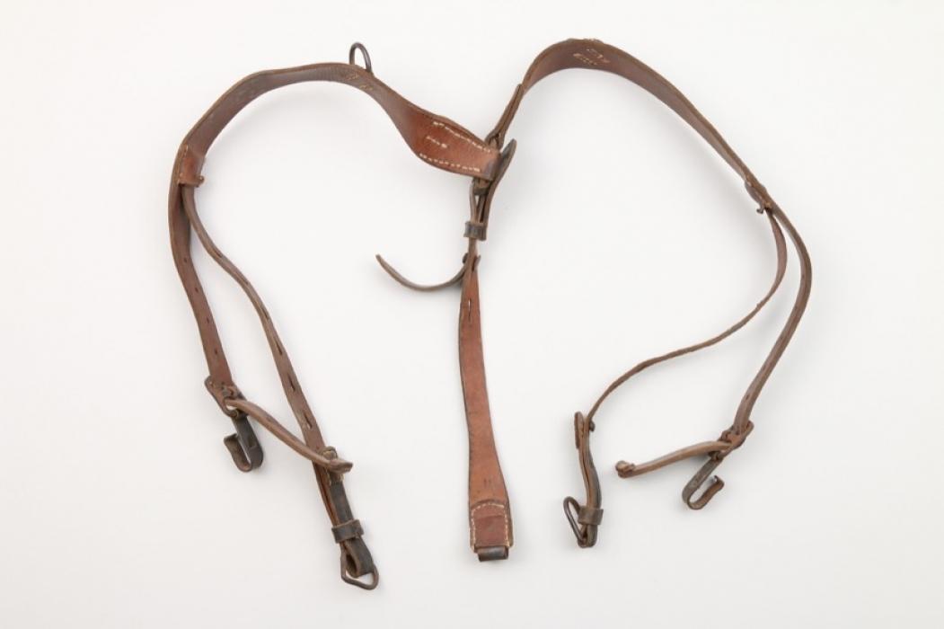 Wehrmacht y-straps - Rb-number