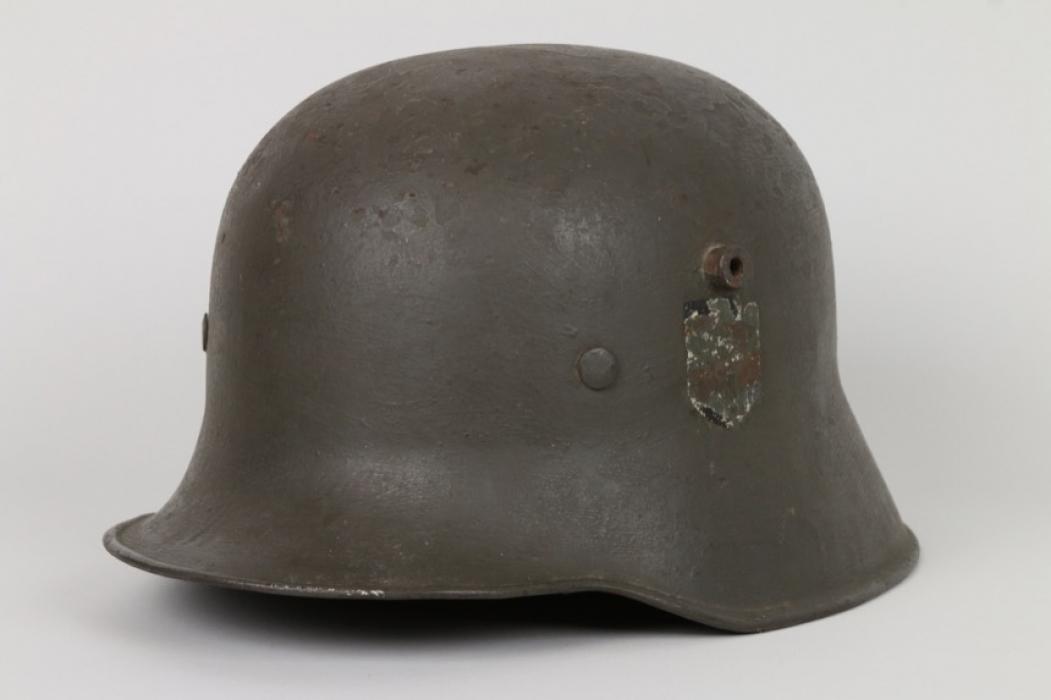 Heer M18 double decal helmet - W66