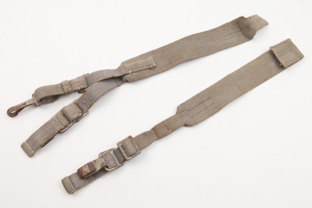 Luftwaffe rucksack straps
