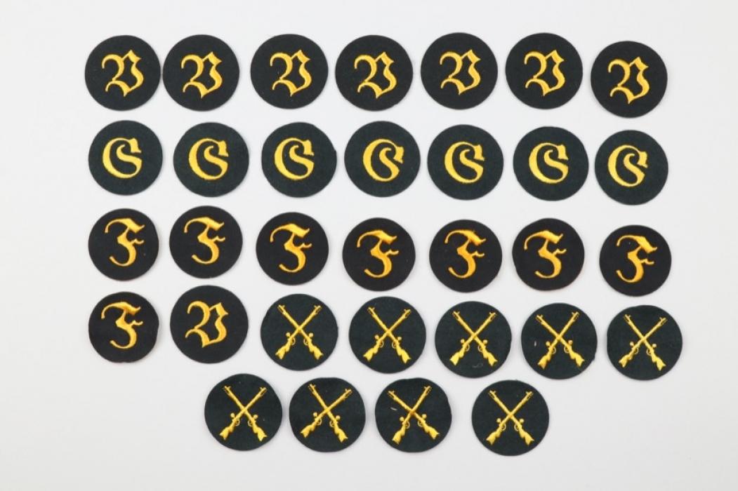 Heer lot of 31 trade badges