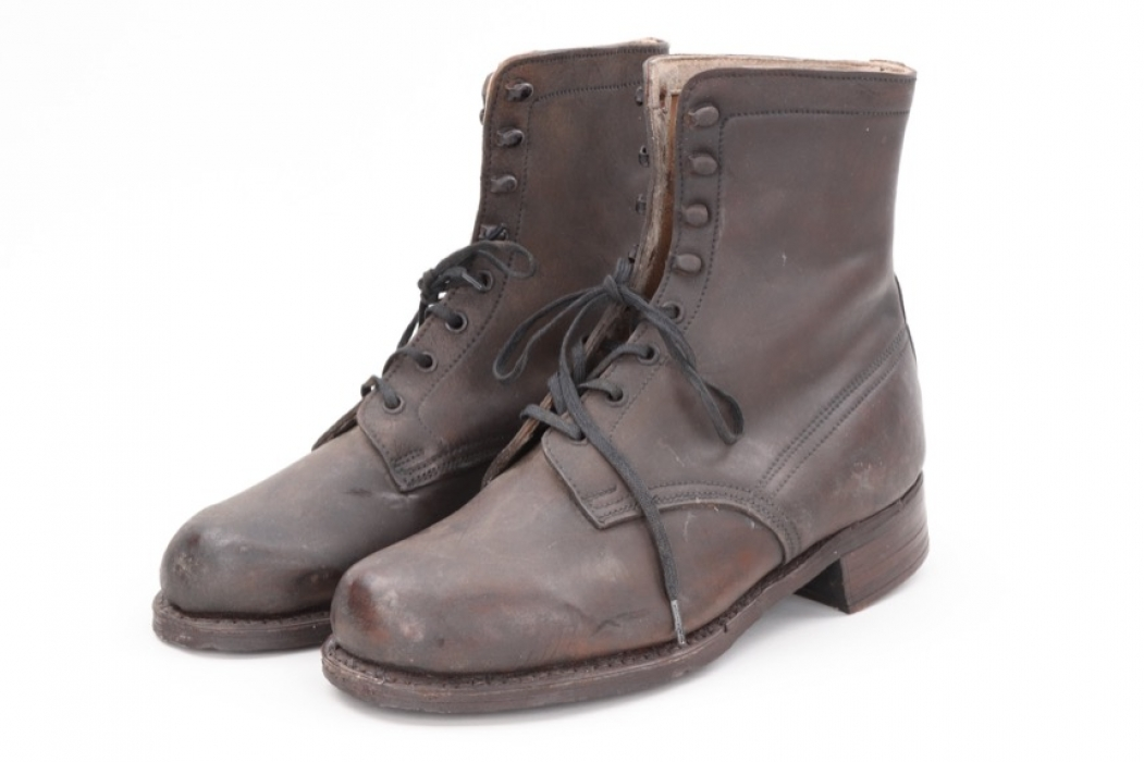 Third Reich boy's low ankle boots