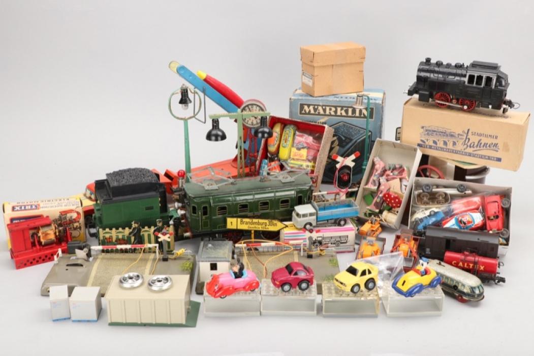 Konvolut Spielzeug verschiedener Hersteller