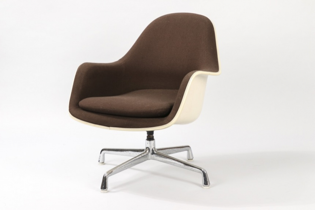 Loose Cushion Lounge Chair Brown // Charles and Ray Eames
